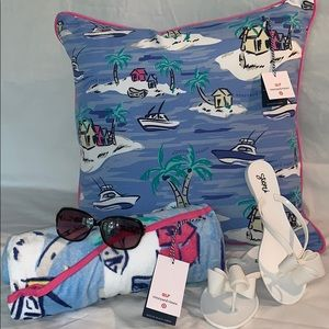 🐳 Vineyard Vines Beach Set